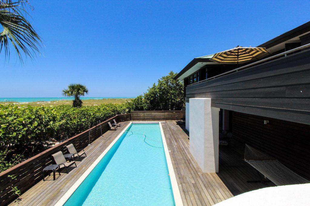 Tropical Beachfront Luxury Rental Home Florida