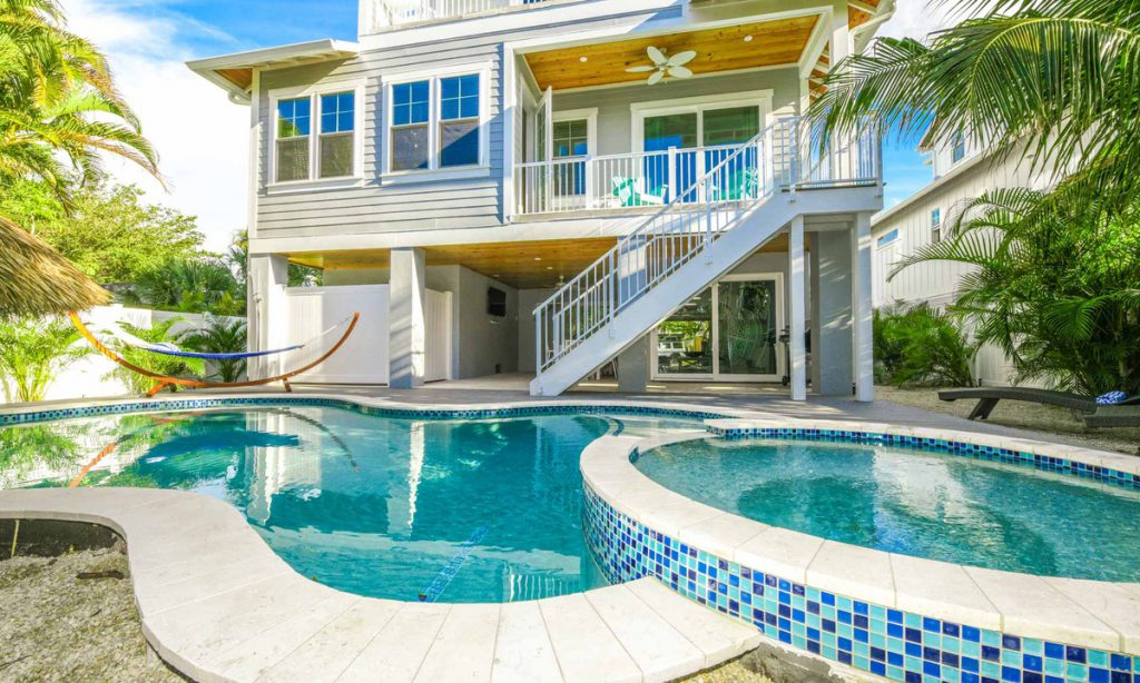 Surfer's Dream - Vacation Rental Anna Maria Island FL